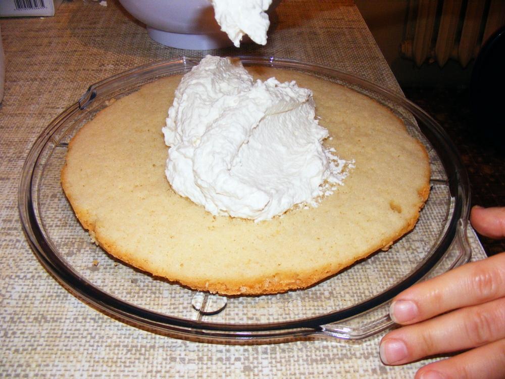 Tort w 3 krokach: cz. 2 – puszysty krem