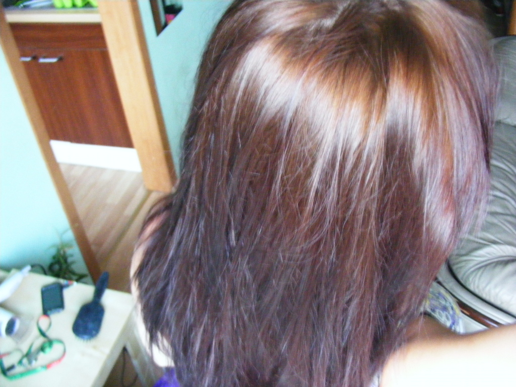 Domowe laminowanie włosów żelatyną