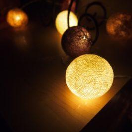 Cotton light balls