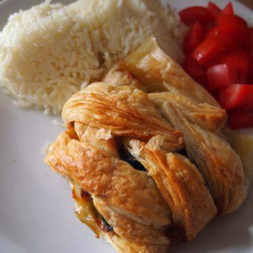 Zawijańce z kurczaka ze szpinakiem w cieście francuskim