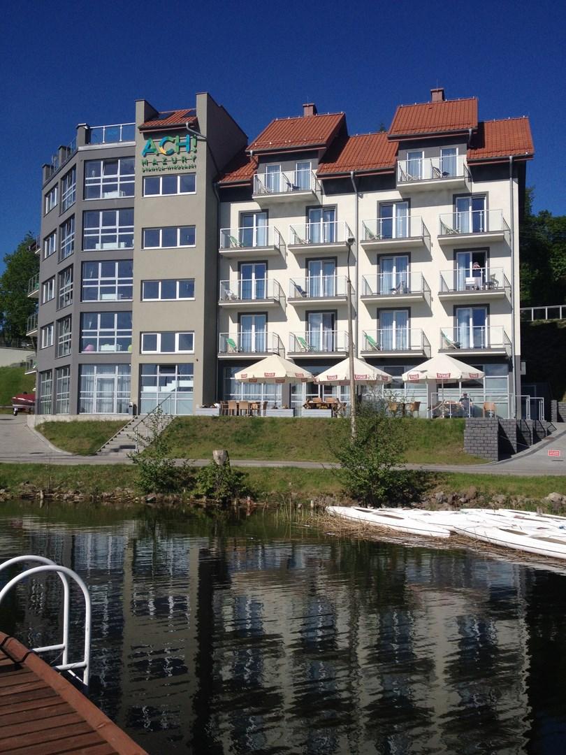Który hotel w Mikołajkach wybrać?