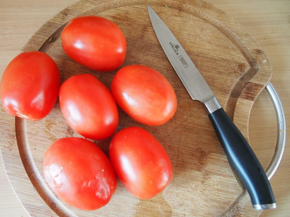 Noża do cięcia warzyw i mięsa przysłał mi Ostry Sklep. Dziękuję.