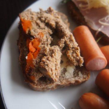 Pasztet drobiowy z marchewką