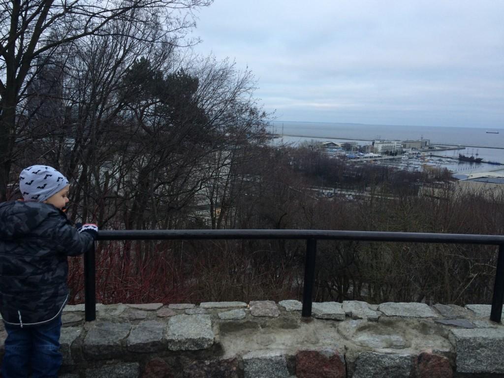 Widok z Kamiennej Góry w Gdyni na Zatokę Gdańską
