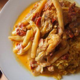 Kurczak z boczkiem i fasolką szparagową