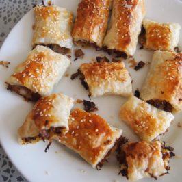 Ciasto francuskie z kapustą i grzybami
