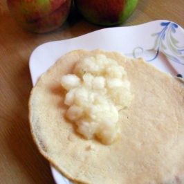 Mus jabłkowy do naleśników