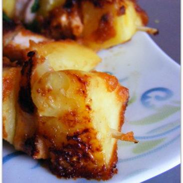 Szaszłyki z łososia i ananasa