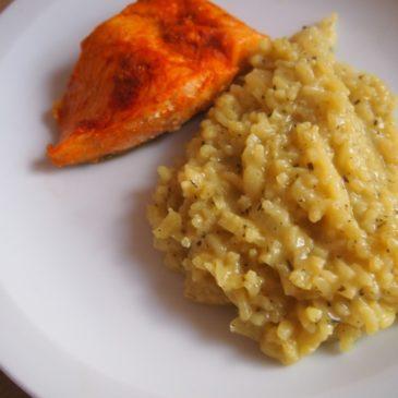 Łosoś z risotto cytrynowym