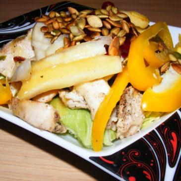 Sałatka z kurczakiem i żurawiną