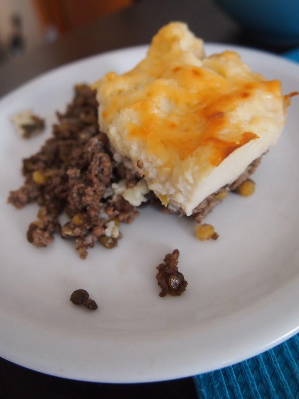 Zapiekanka z wołowiną, serem i kalafiorem
